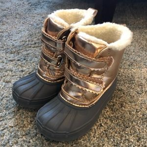 Toddler snow boots!!!!
